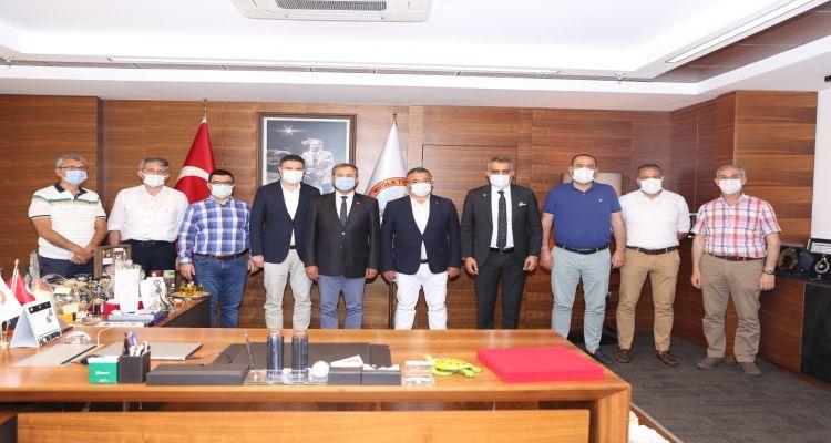 Muğla daki faaliyetlerine devam eden Borsa heyetimiz Muğla Ticaret ve Sanayi Odasına nezaket ziyareti gerçekleştirdi