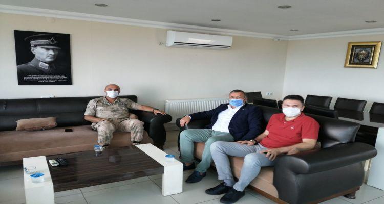 İlçemizde yeni göreve başlayan ilçe jandarma komutanı Muhammet Ali GÕKKAN'a Borsamızdan hayırlı olsun ziyareti