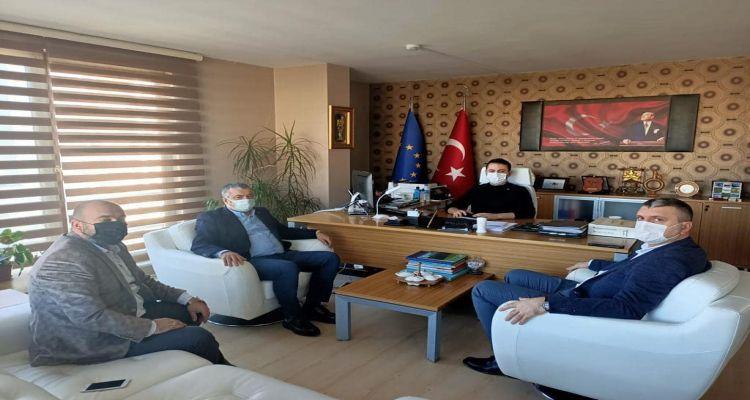 Başkanımız Mustafa USLU, borsa üyemiz Şevki YİĞİT ve Ünye Ticaret ve Sanayi Odası Başkanı İrfan AKAR, Ordu TKDK 'yı ziyaret ederek destekler hakkında bilgi aldılar.